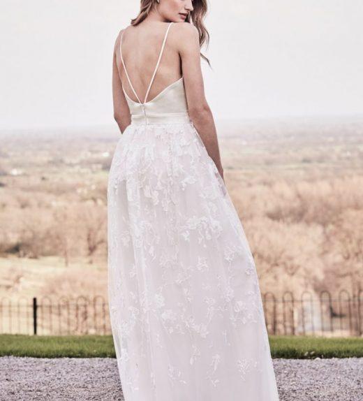 161f757443 Chi Chi London Menyasszonyi ruha - Menyaklub